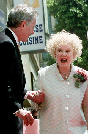Comedian Phyllis Diller dies at 95