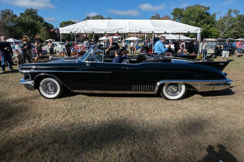 1958 Cadillac Eldorado Biarritz-2.jpg