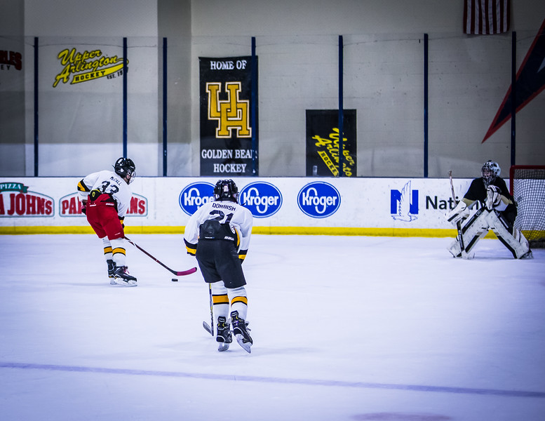 Bruins-254.jpg