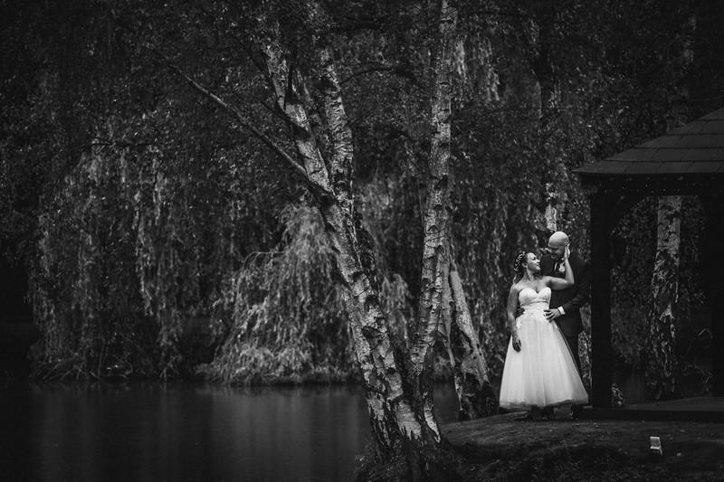 Sam_and_Louisa_wedding_great_hallingbury_manor_hotel_ben_savell_photography-0165.jpg