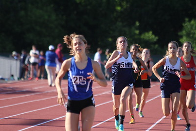 Girls 800m