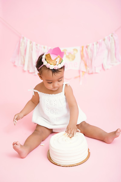 Jaylin-cake-smash (29 of 54).jpg