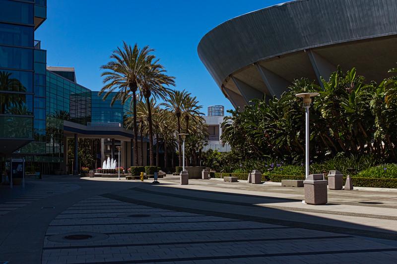 Anaheim Convention Center-5521.jpg
