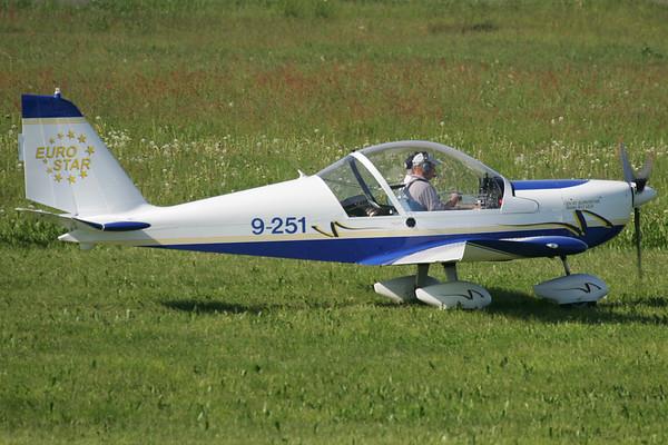 9-251 - Evektor EV-97 Eurostar 2000