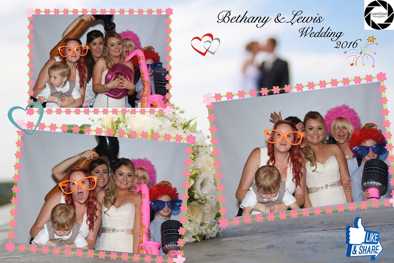 Bethany & Lewis Photo Booth
