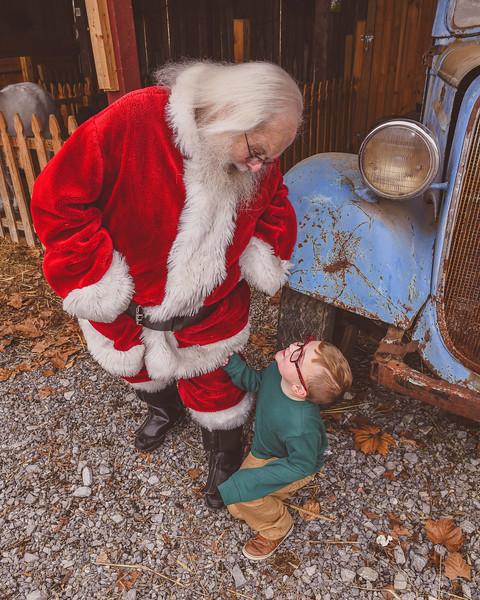 Santa2019-120.jpg