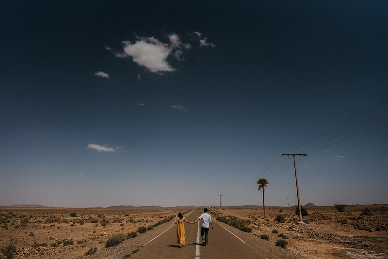 Tu-Nguyen-Destination-Wedding-Photographer-Morocco-Videographer-Sahara-Elopement-284.jpg