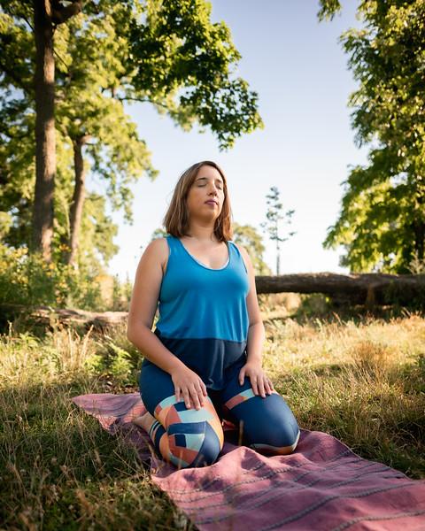 Online Yoga - Lincoln Park Shoot-642.JPG