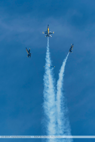 F20170216a132406_6374-F-18 Hornet-Blue Angels.jpg