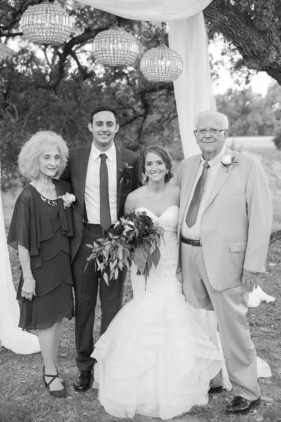 Alexa + Ro Family Portraits-8.jpg