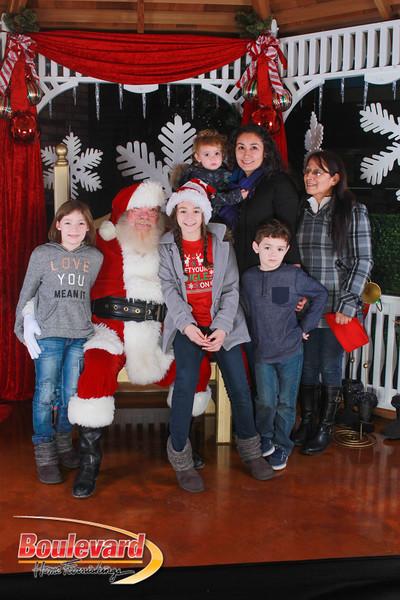 Santa 12-17-16-152.jpg