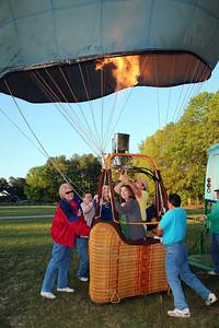 Droppin-In Hot Air Balloon Team 2012
