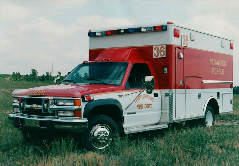 Castlewood Rescue 36 1993 Chevrolet 3500 Wheeled Coach 4x4.JPG