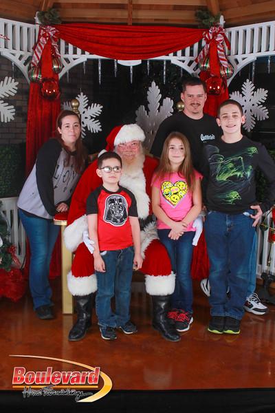 Santa 12-10-16-119.jpg