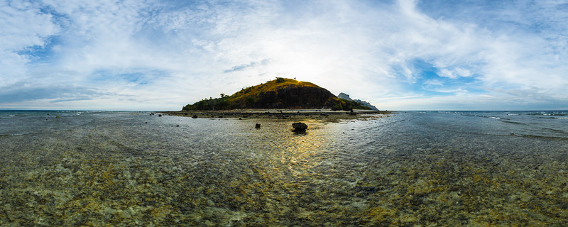 Low Tide on the Reef - Vomo - Fiji Islands