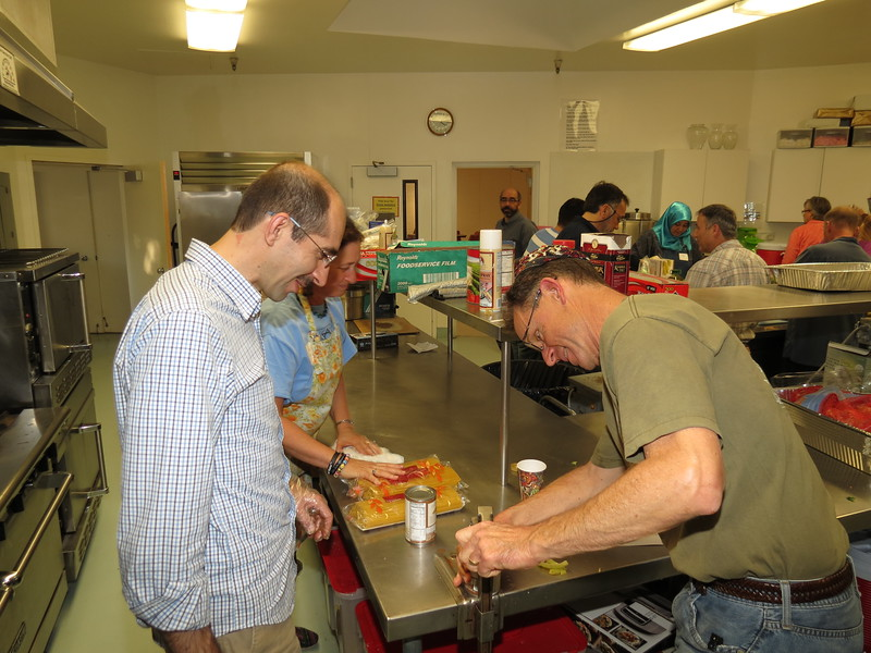 abrahamic-alliance-international-abrahamic-reunion-community-service-silicon-valley-2014-11-09_15-59-57-norm-kincl.jpg