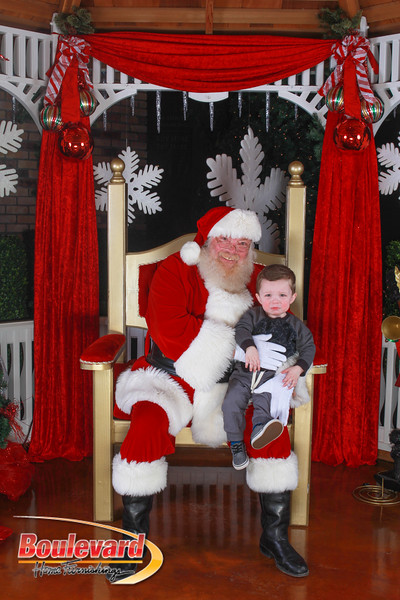Santa 12-10-16-78.jpg