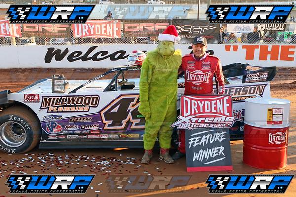 Volunteer Speedway Drydene Performance Xtreme DirtCar Series Grinch 40