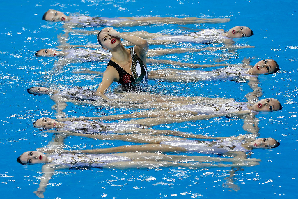 . Team of China perform during the team synchronised swimming Free Combination - Final on day four of 2014 Asian Games at Munhak Park Tae-hwan Aquatics Center on September 23, 2014 in Incheon, South Korea.  (Photo by Lintao Zhang/Getty Images)
