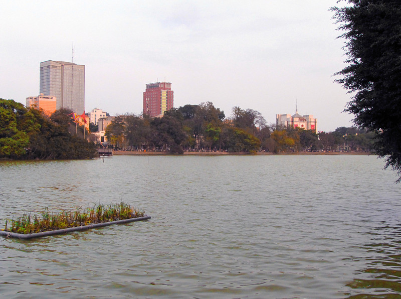 26-Hoân Kiêm Lake
