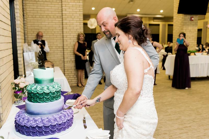 chateau-on-the-river-trenton-michigan-wedding-0345.jpg