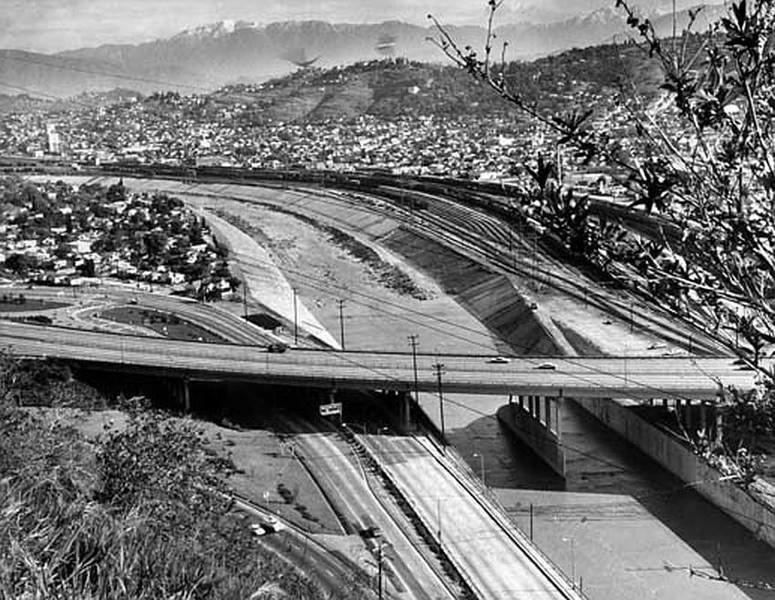 LA-River05.jpg