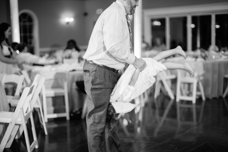 0985_Josh+Lindsey_WeddingBW.jpg