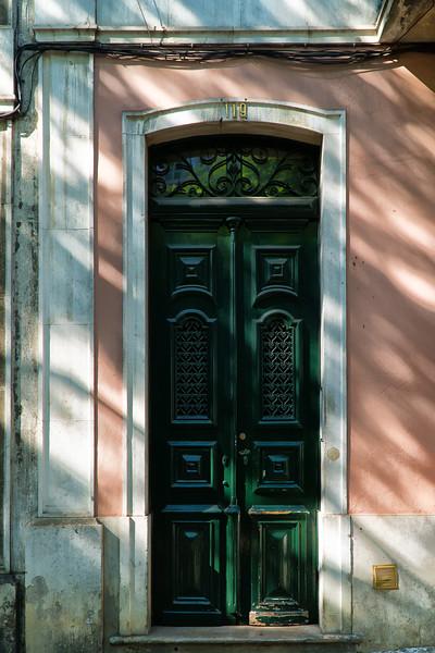 Calles de Lisboa - Street Life - Doores 20 (1 of 1).jpg