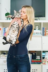 Dorotka & Cats