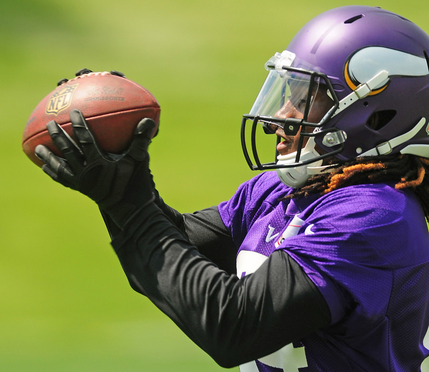. Vikings rookie wide receiver Cordarrelle Patterson snags a pass during the team\'s minicamp on Tuesday.  (Pioneer Press: Scott Takushi)