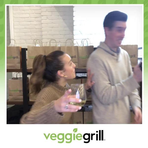 Veggie_Grill_Grand_Opening_boomerang_5.mp4