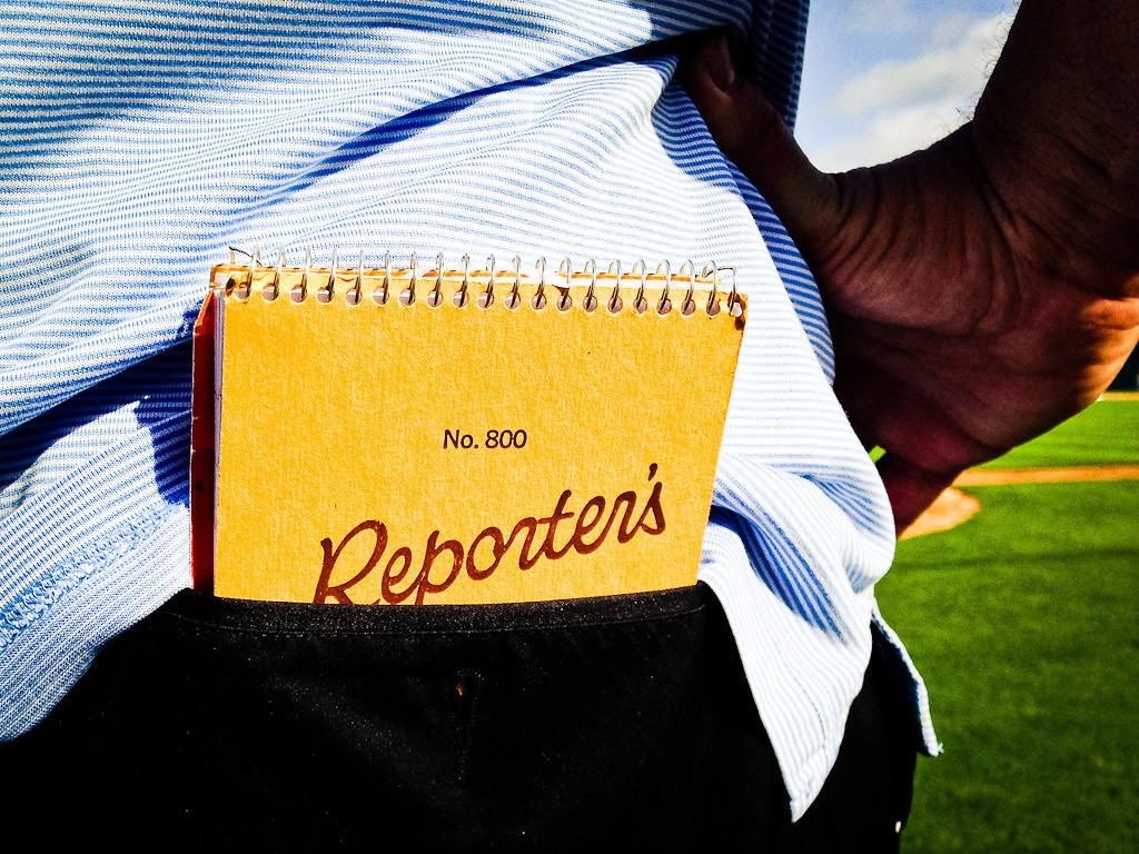 . One of many reporters has his notebook handy. (Pioneer Press: Ben Garvin)