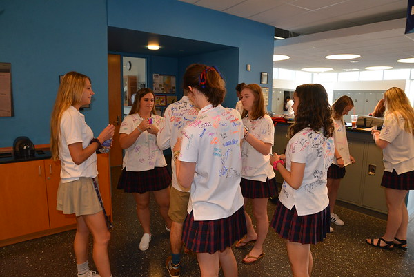 Senior Shirt Signing