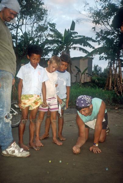 1989 Roatan Honduras Mission Trip-0026.jpg