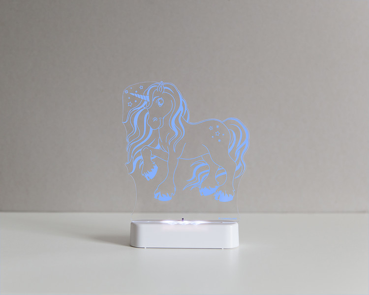 Aloka_Nightlight_Product_Shot_Magic_Unicorn_White_Bluedark.jpg