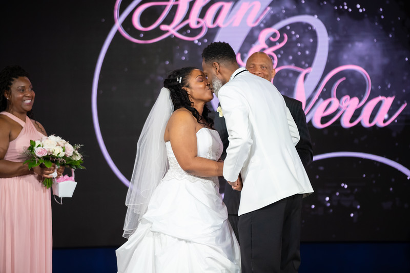 Clay Wedding 2019-00141.jpg