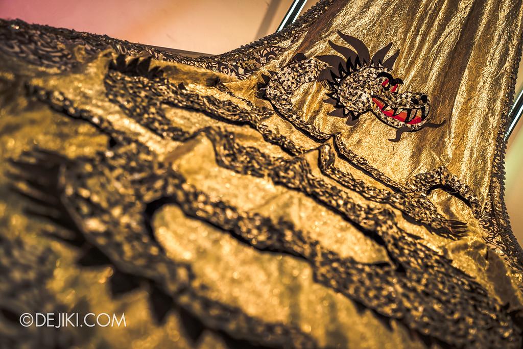 Bulgari SERPENTIform exhibition at ArtScience Museum - Golden Dragon gown