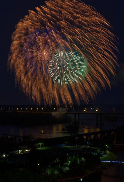 fireworks-5_18862053343_o.jpg