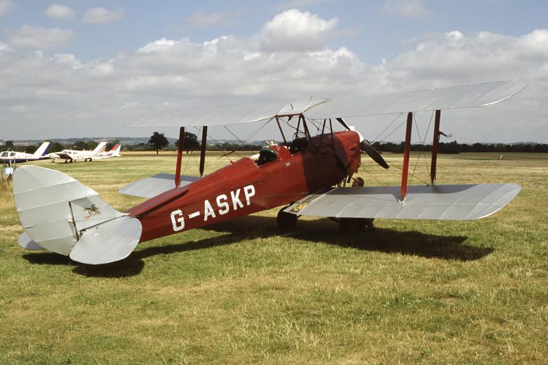 G-ASKP-DH-82ATigerMoth-Private-EGKH-1998-08-14-ER-29-KBVPCollection.jpg