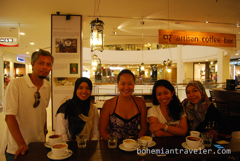 coffee meetup in KL with Malaysian bloggers and readers.jpg