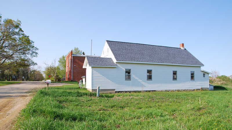 Brookfield Township Hall. The Brookfield Masonic Temple is behind it.