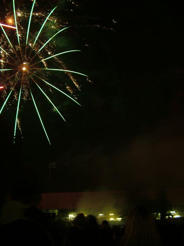 2004_1105putneyfireworks20068.JPG
