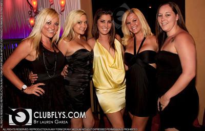 2010-07-17 [Saturday Night, Elements Lounge, Fresno, CA]