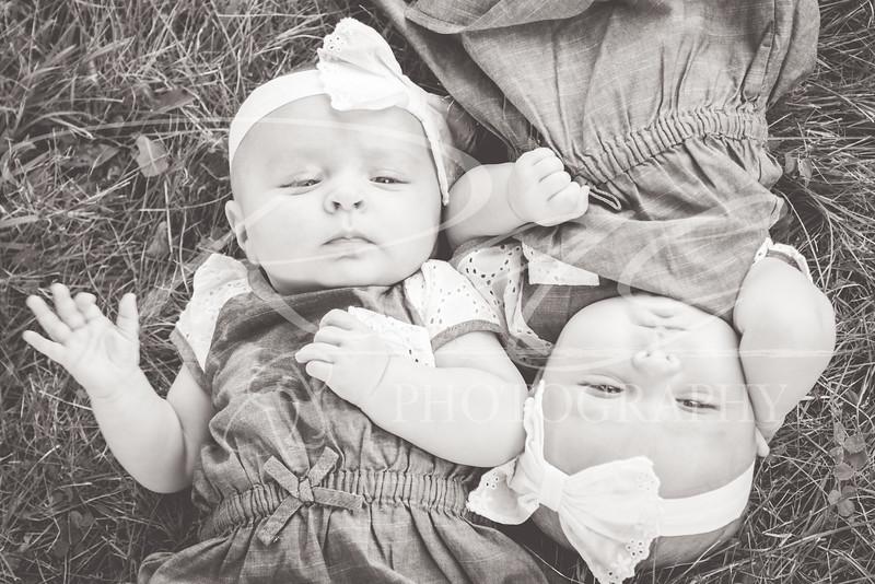 Twins3Months-113.JPG