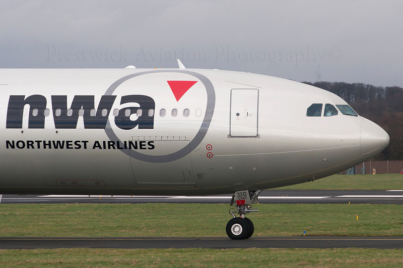 N812NW. Airbus A330-323. Northwest Airlines. Prestwick. 120307.