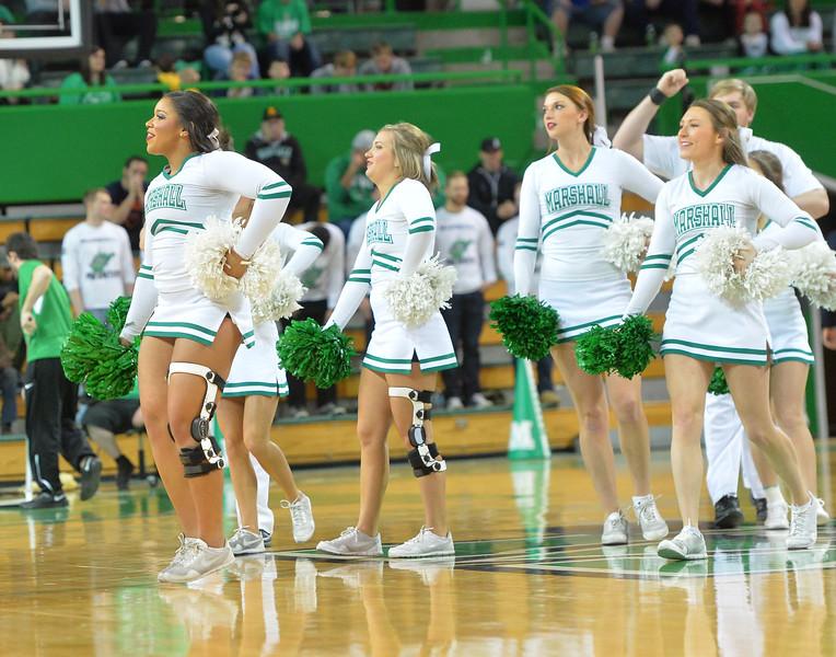 cheerleaders1199.jpg