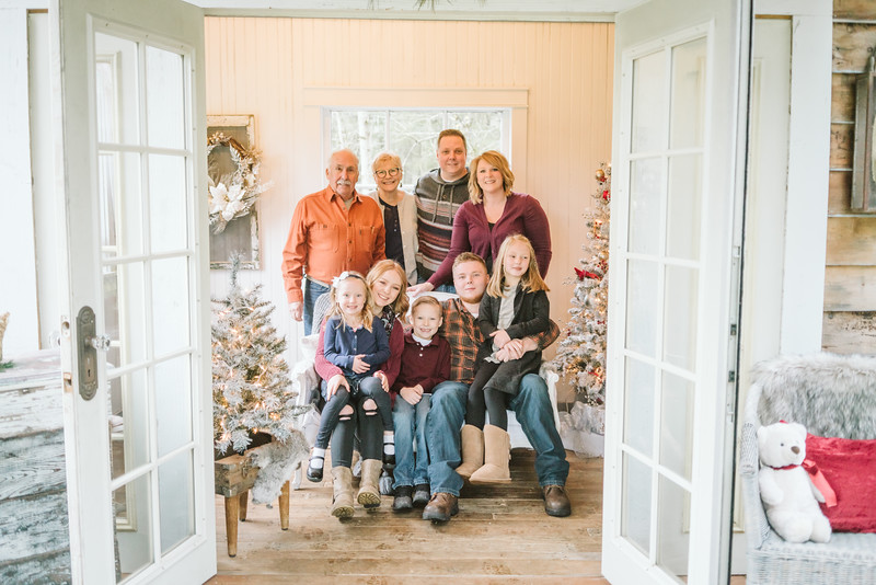 Greenfield Christmas Mini Session 2018-3.jpg