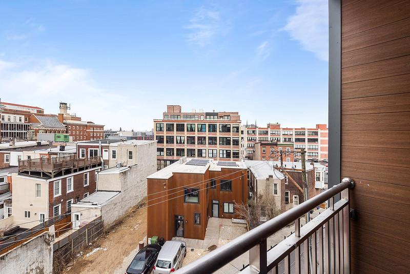 2 Yoav Shiiffman 6 units 438 Memphis Street-online-17.jpg