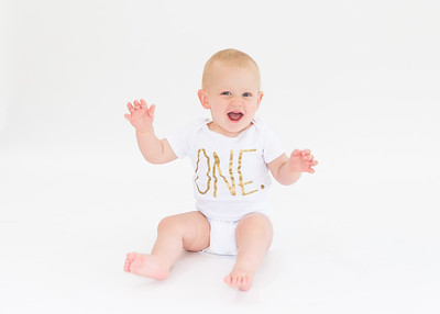 1 year old photos Elliott- white backdrop, natural casual fun photos