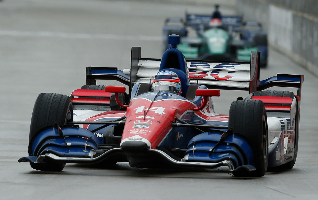 . Takuma Sato, of Japan, drives during the second race of the IndyCar Detroit Grand Prix auto racing doubleheader Sunday, May 31, 2015,in Detroit. (AP Photo/Paul Sancya)